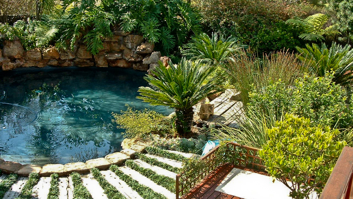 30 Wonderful Beautiful Rock Swimming Pools - pixelmari.com