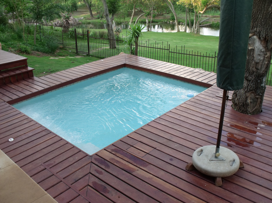 Swimming pools gallery pool renovations pool makers curtis pools for Swimming pool covers south africa